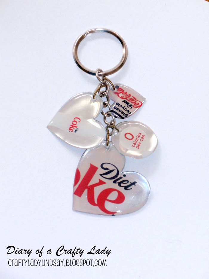 DIY-keychain-made-from-a-Coke-can
