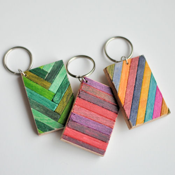 original craft ideas 50 diy keychains for you your friends and your family 2582