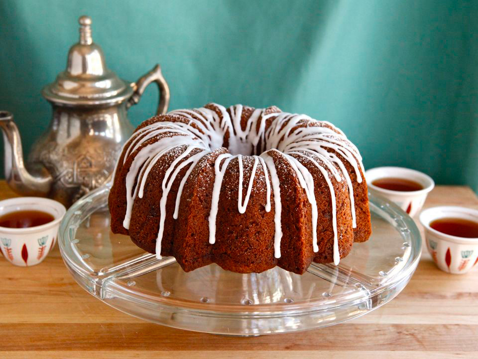 Honey Apple Bundt Cake