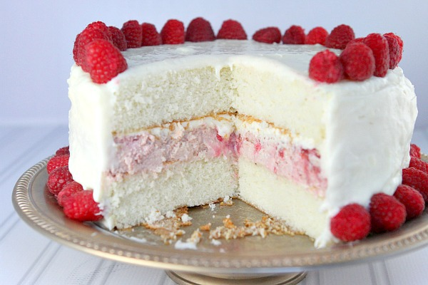 Raspbery Cheesecake Cake Recipe