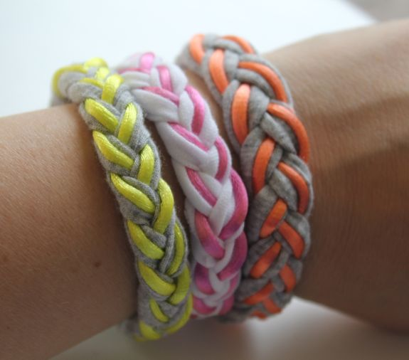 braided t shirt bracelets
