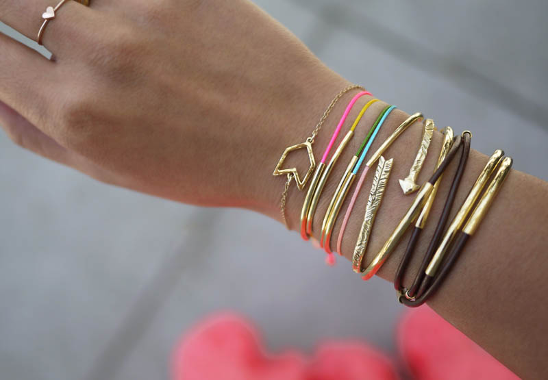 25 colorful diy bracelets that will brighten your day for Simple glass tubes