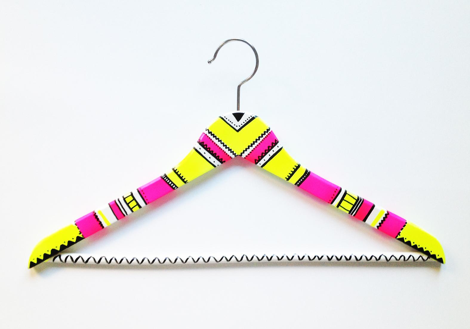 13 neon hanger