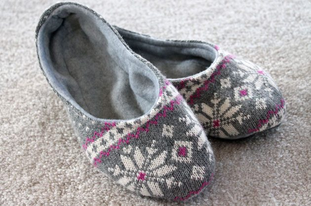 25 sweater and fleece slippers