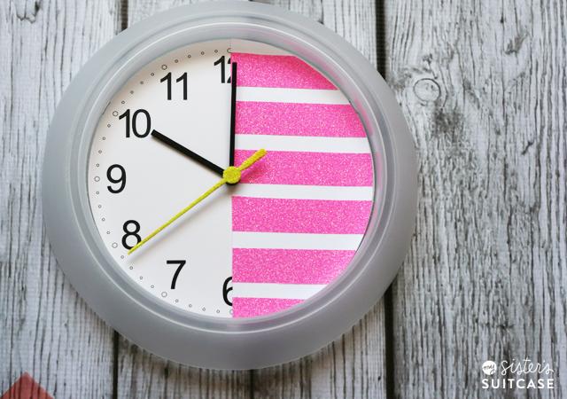 36 neon glitter clock