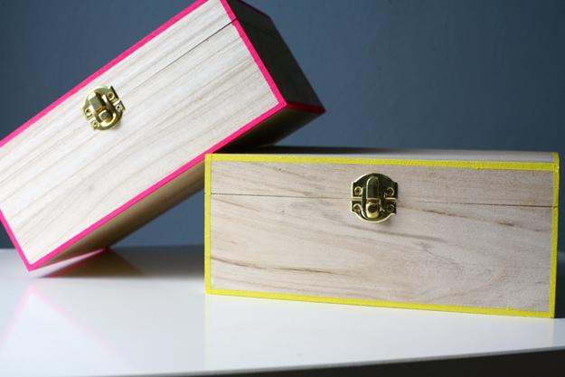 41 neon edged box