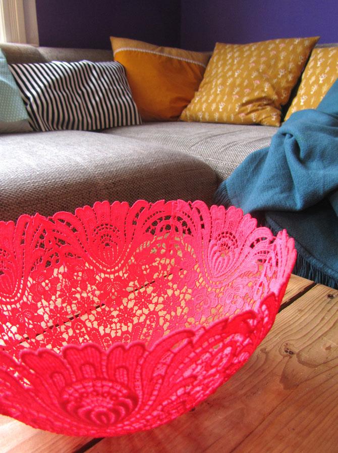 50 neon lace bowl
