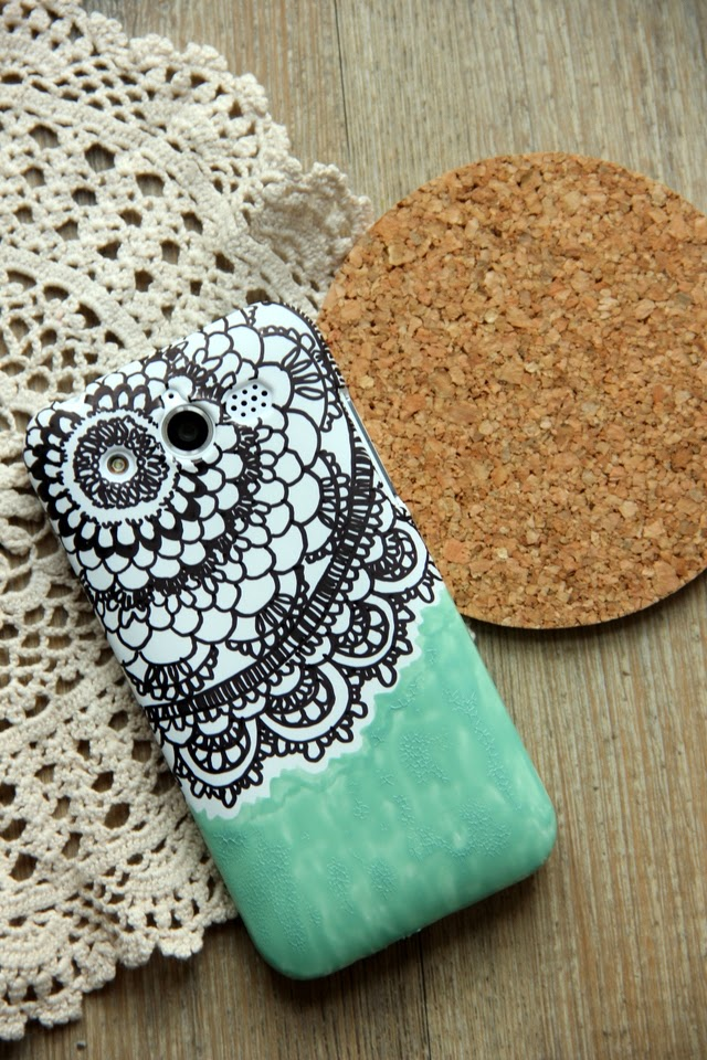 Give Your Phone Case A Makeover With These 25 Diys