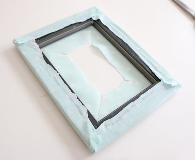 Fabric Picture Frame DIY - center pieces