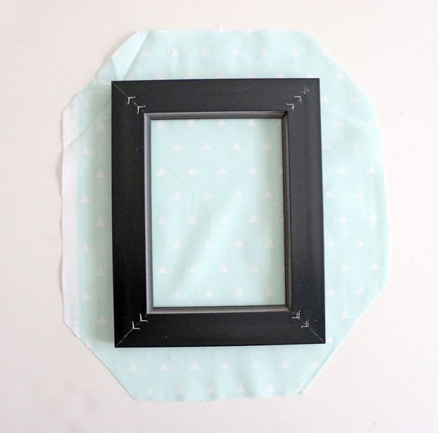 Fabric Picture Frame DIY - hot glue
