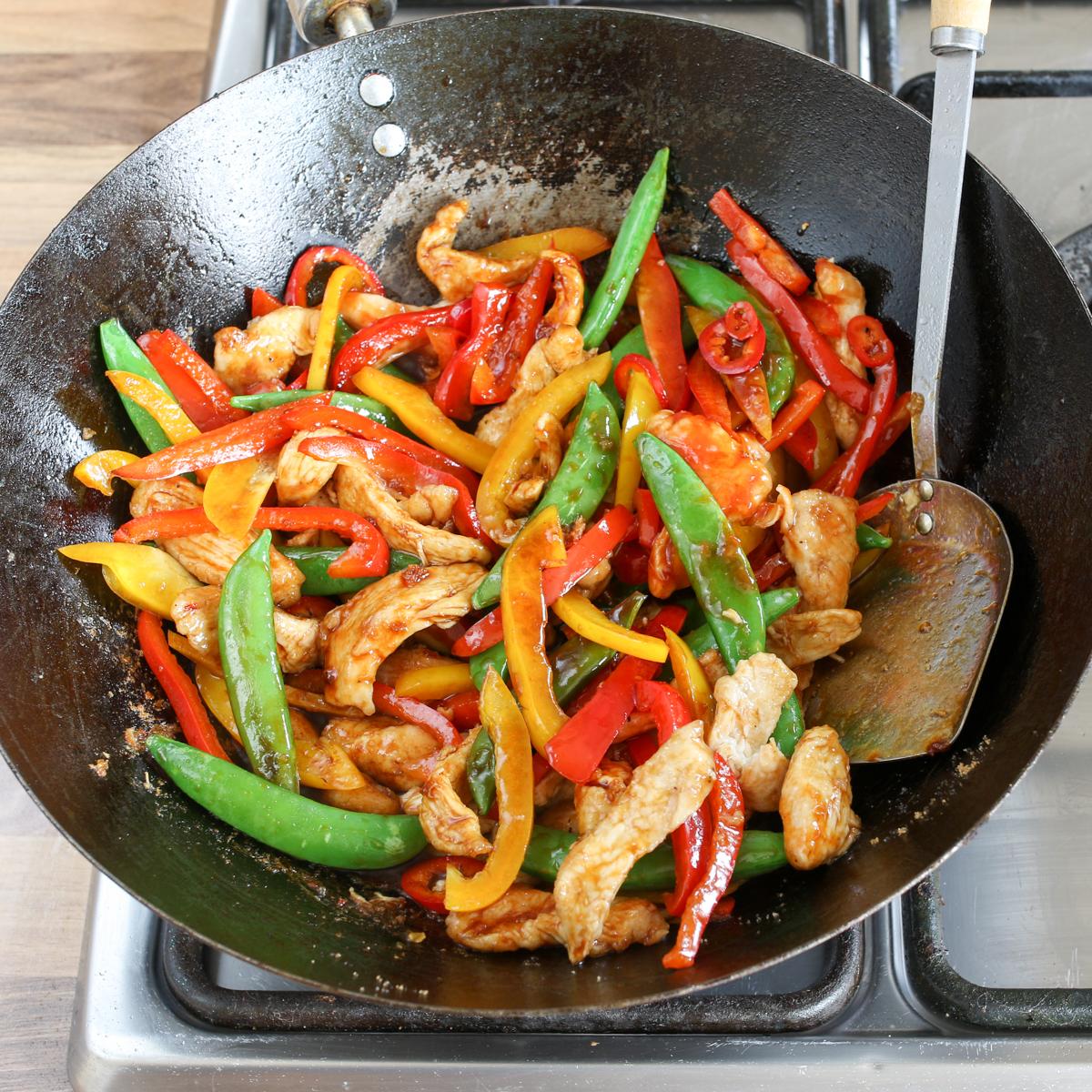 Spicy chicken stir fry step3-5