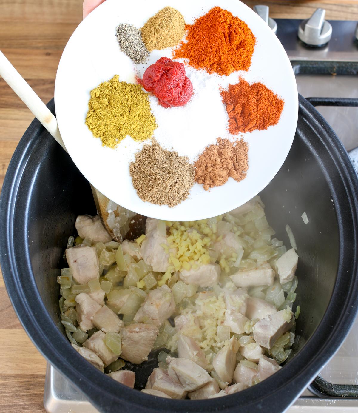 Spicy crockpot chicken curry4