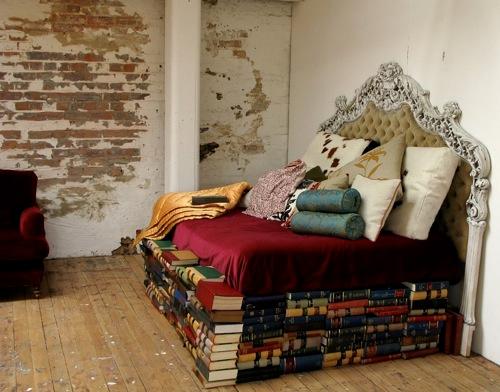 book- bedframe