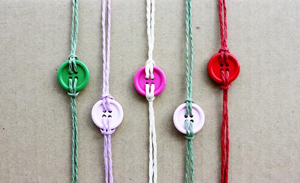 button-bracelet