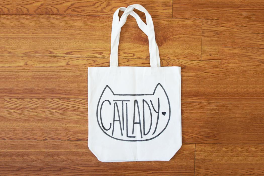 cat-lady-tote-bag-