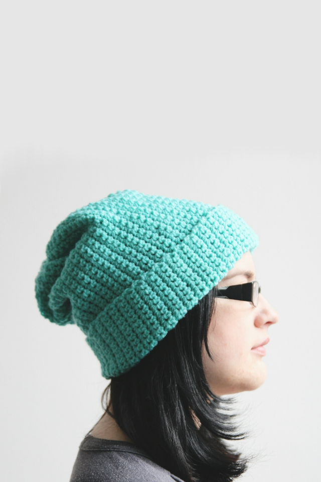 diy-easy-crochet-ribber-hat-beginner-profile
