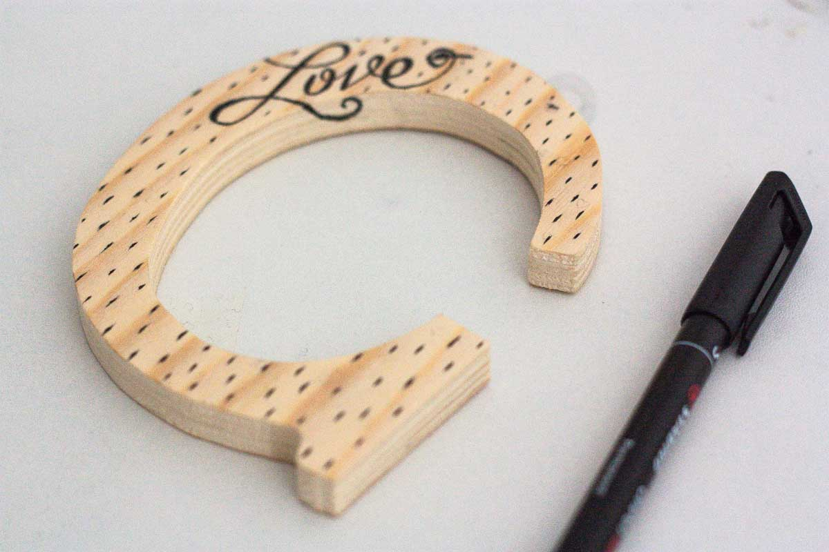 diy love letter wood sign handwritten confetti