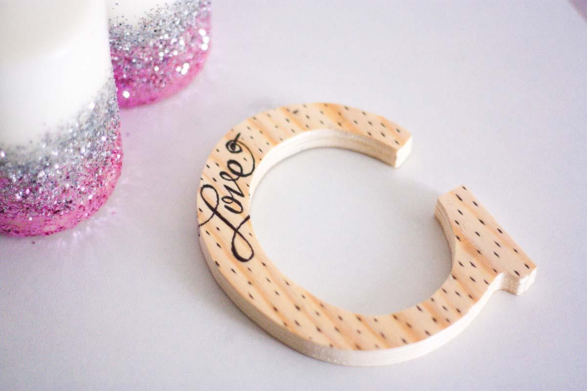 diy love letter wood sign handwritten set1