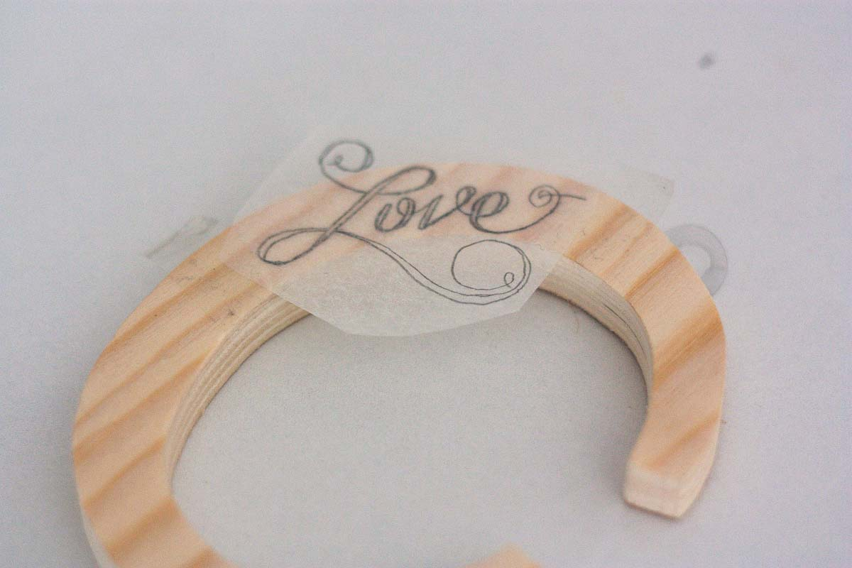 diy love letter wood sign handwritten trace