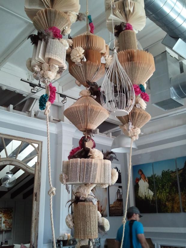 hanging-book-art