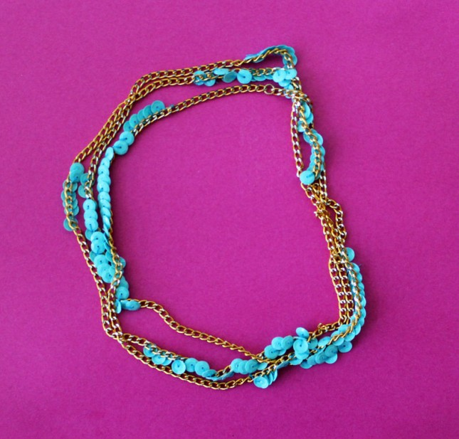 sequinned-chain-bracelet