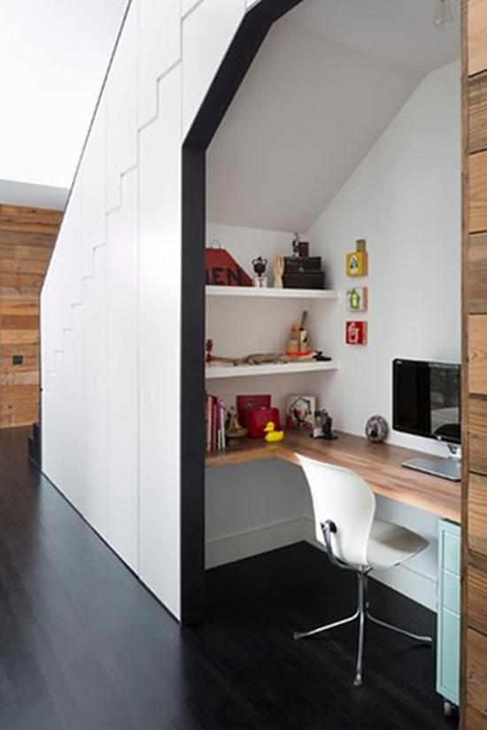 under-stair-work-space