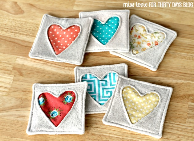 10 fabric heart coasters