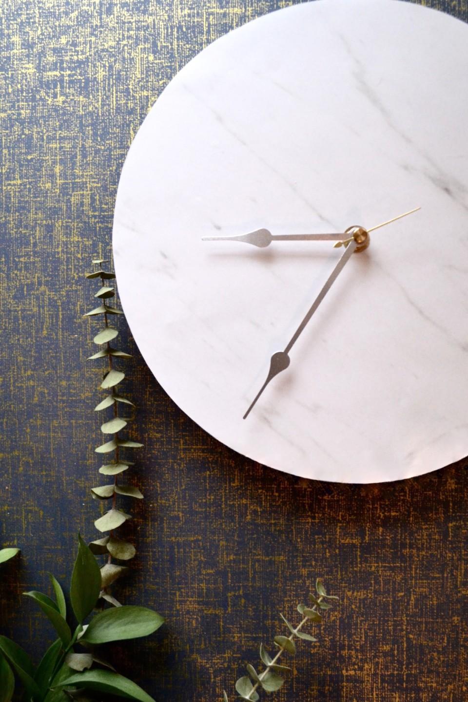 13 marble clock