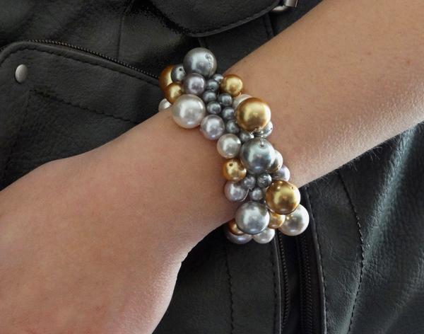 13 metallic pearl cluster bracelet