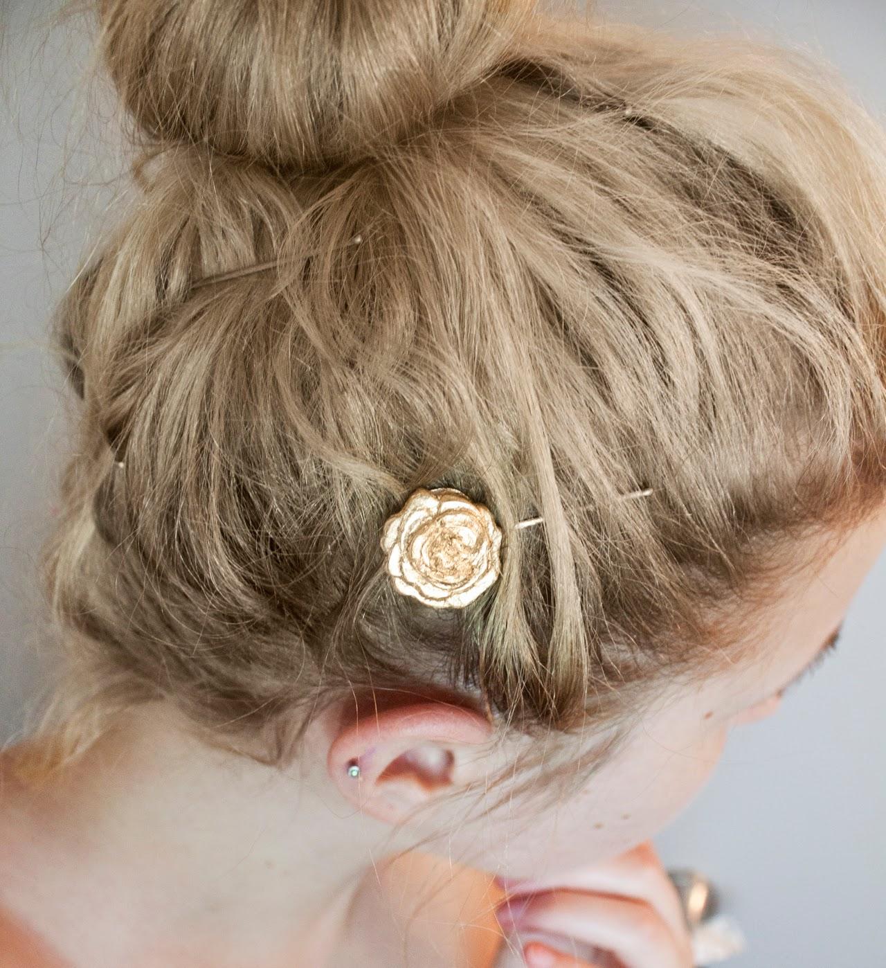 20 gold hairpin