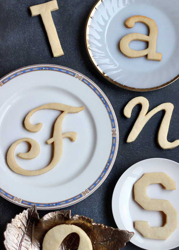 24 typography cookies tutorial