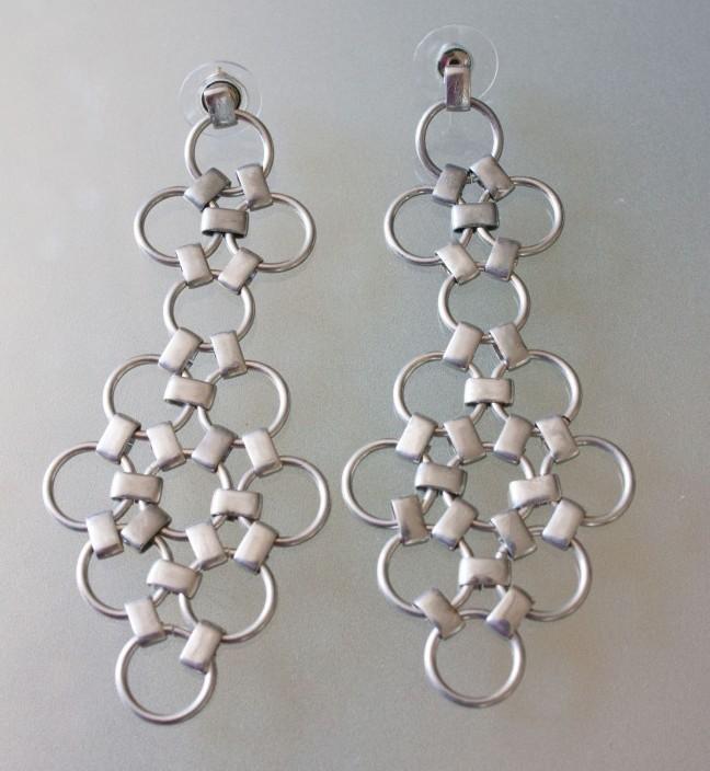 7 silver jump ring earrings