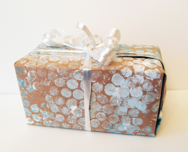 Personalize Your Wrapping Paper With These 25 Diy Designs