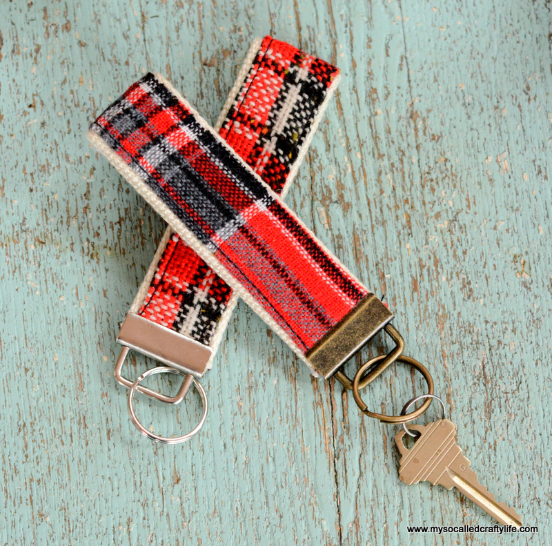 Diy fabric keychain