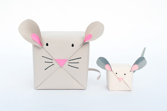 Diy mouse wrapping paper
