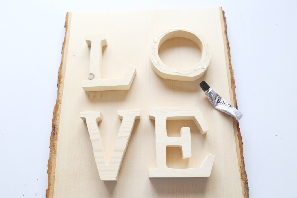 DIY Wooden LOVE Sign Step 1