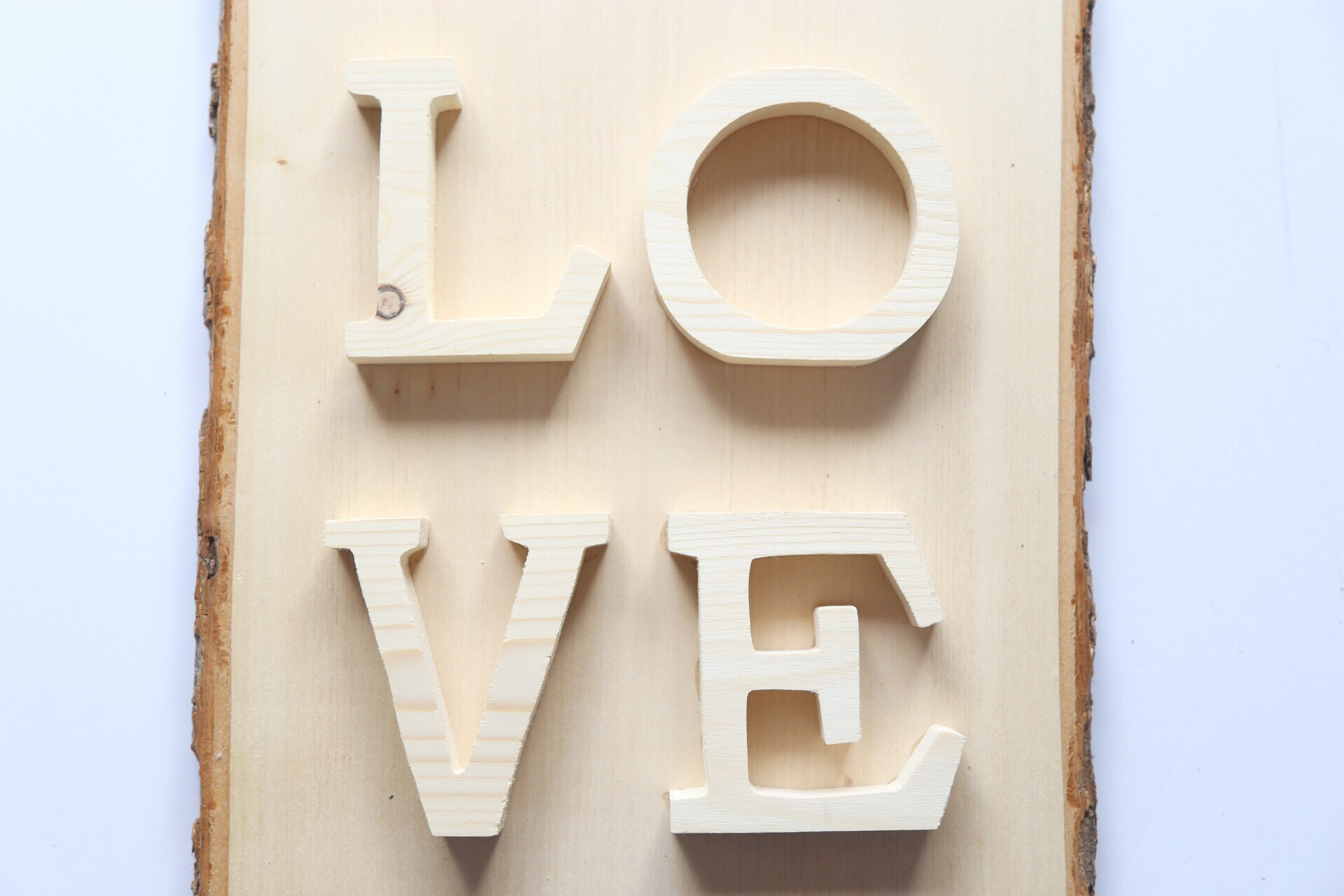 DIY Wooden LOVE Sign Step 2