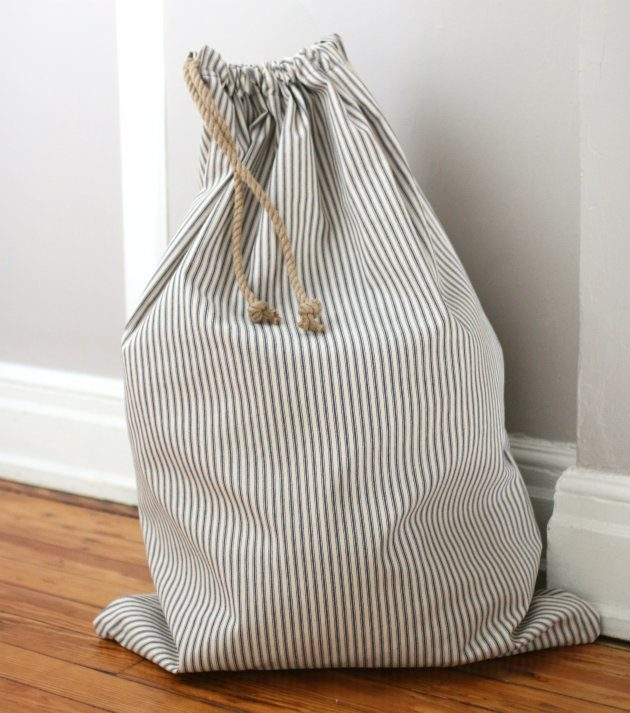 Drawstring laundry bag diy