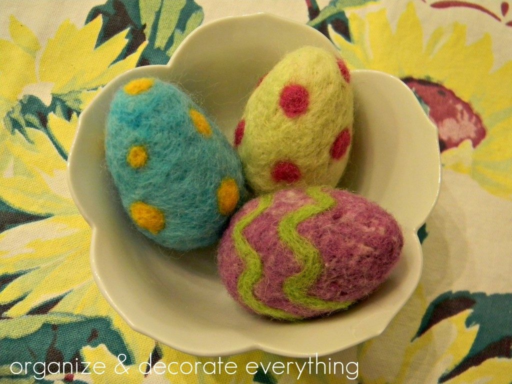 Egg V besides Lt likewise X likewise Nook besides Galaxy Print Easter Eggs. on easter egg projects