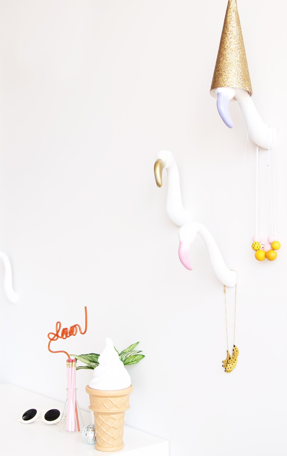 Flamingo wall hooks diy