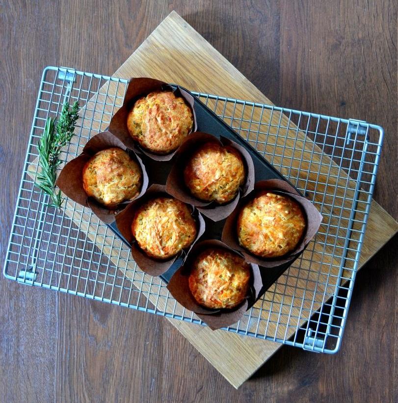 Gruyere & garlic muffins