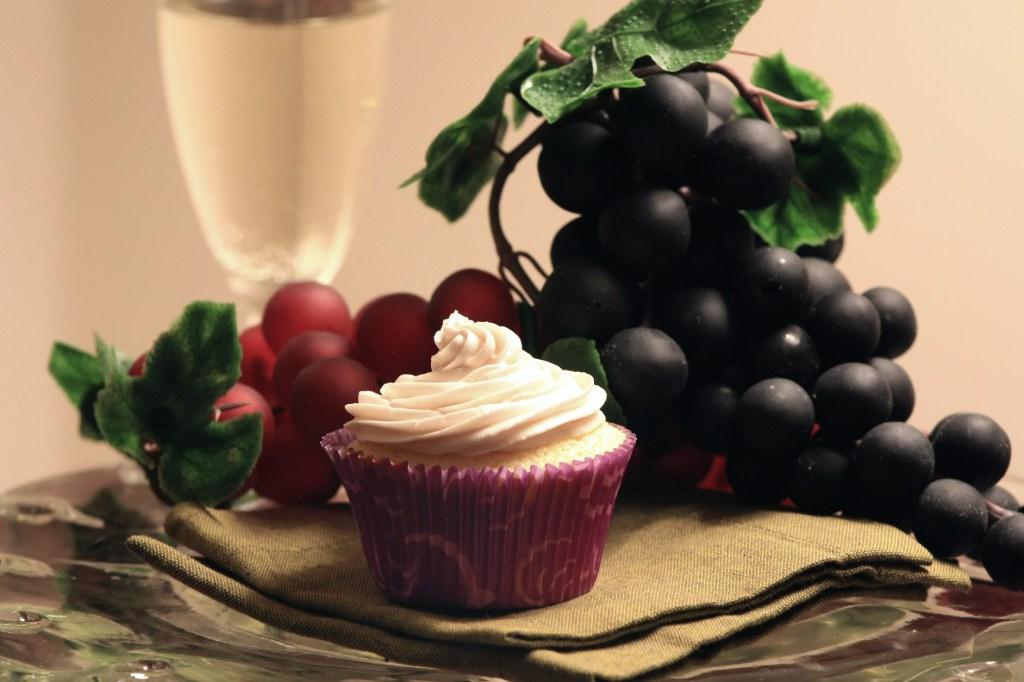 Kir royale cupcakes