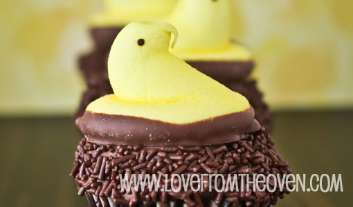Marshmallow peeps cupcakes