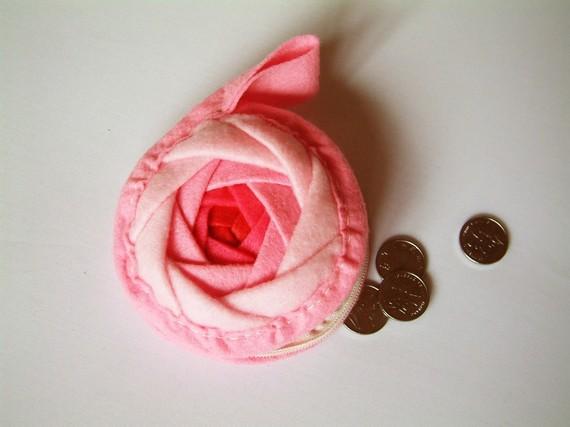 Rose purse