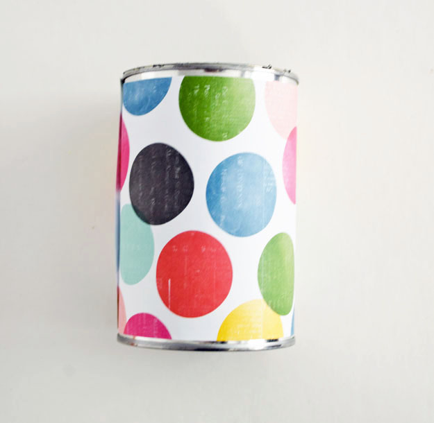 Wrap paper around your can