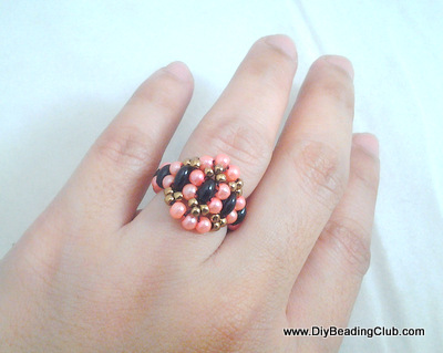 beads-and-pearls-ring