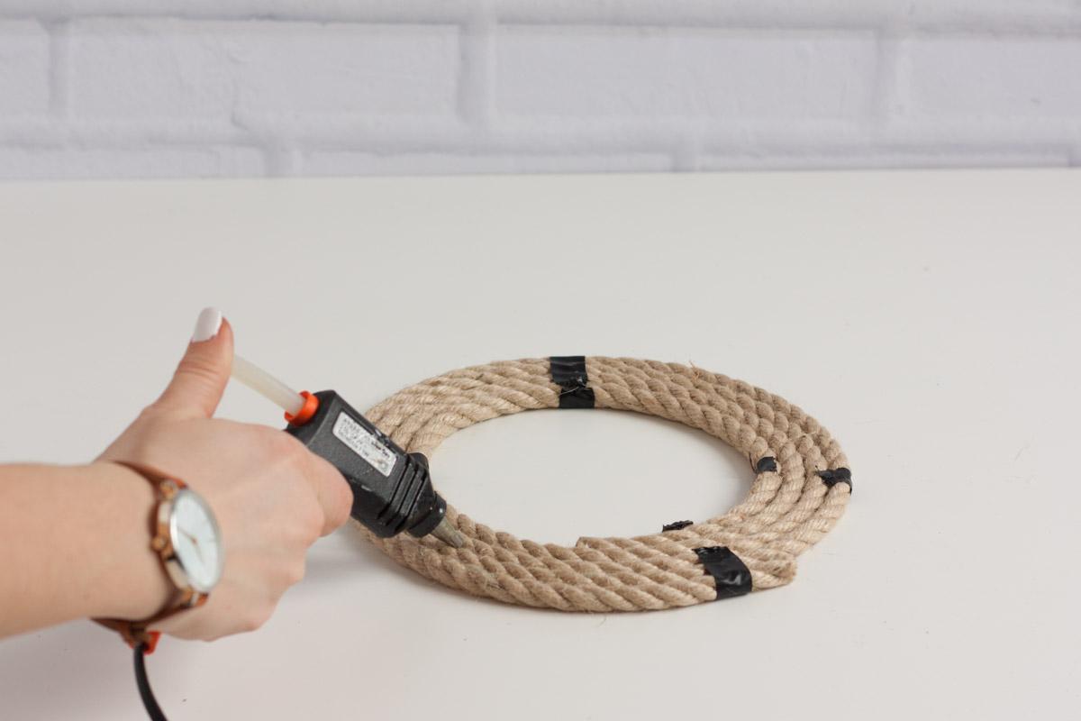Diy upcycle rope mirror round hot glue 2