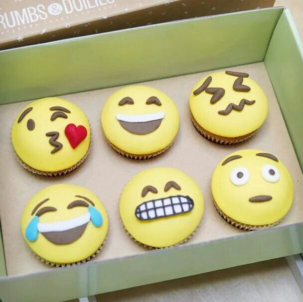 how to draw a emoji cupcake