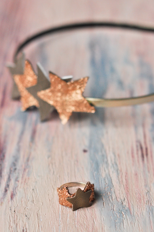 glitter-and-leather-ring