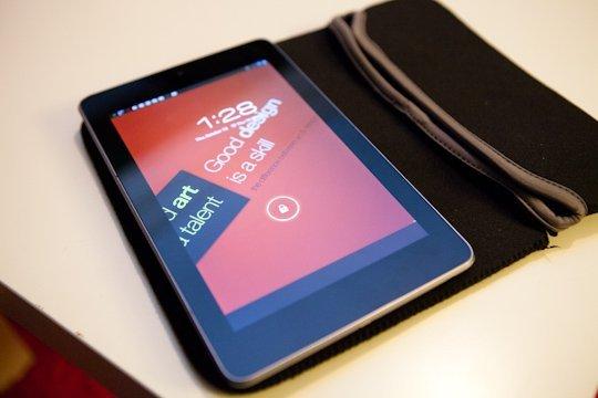 neoprene-tablet-sleeve
